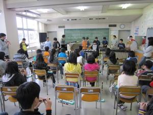 いつのまにかみんなで大合奏。クラスの出来事が音楽に。